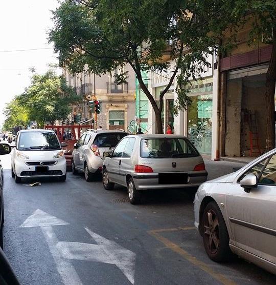 Parcheggio Selvaggio in Viale Mario Rapisardi