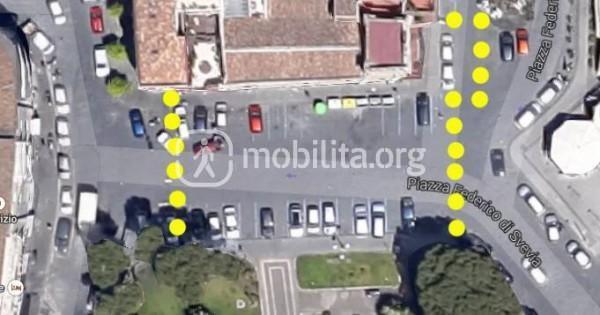 Area di piazza Federico di Svevia tra il Castello Ursino e la Chiesa di San Sebastiano della qualle si chiede la pedonalizzazione