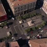 Veduta aerea del 2003 di piazza Stesicoro: le palme antistanti l'Anfiteatro erano ancora presenti