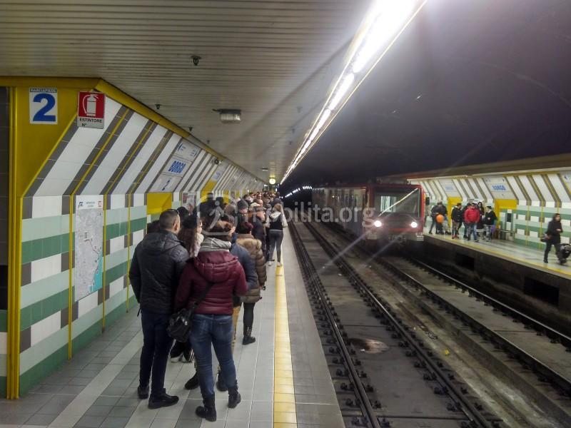 Stazione Borgo, livello treni