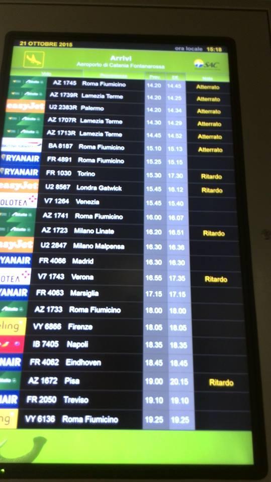Il monitor aeroportuale con la vecchia grafica. Fonte Sicilia in Volo