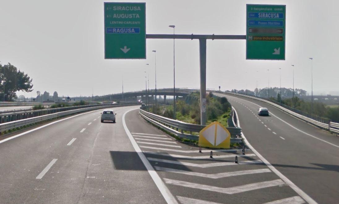 Malore alla guida sulla Catania-Siracusa: muore 46enne$