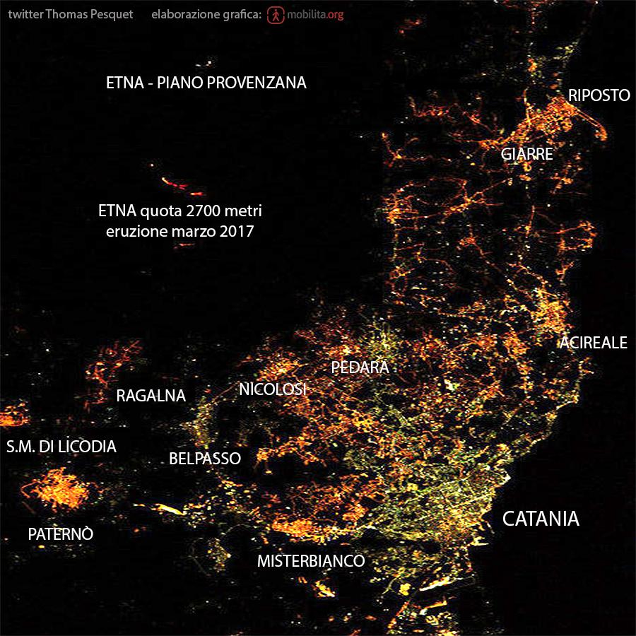 Foto scattata dalla stazione spaziale che mostra l'antropizzazione del territorio catanese