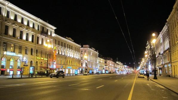 Prospettiva_nevsky_di_notte