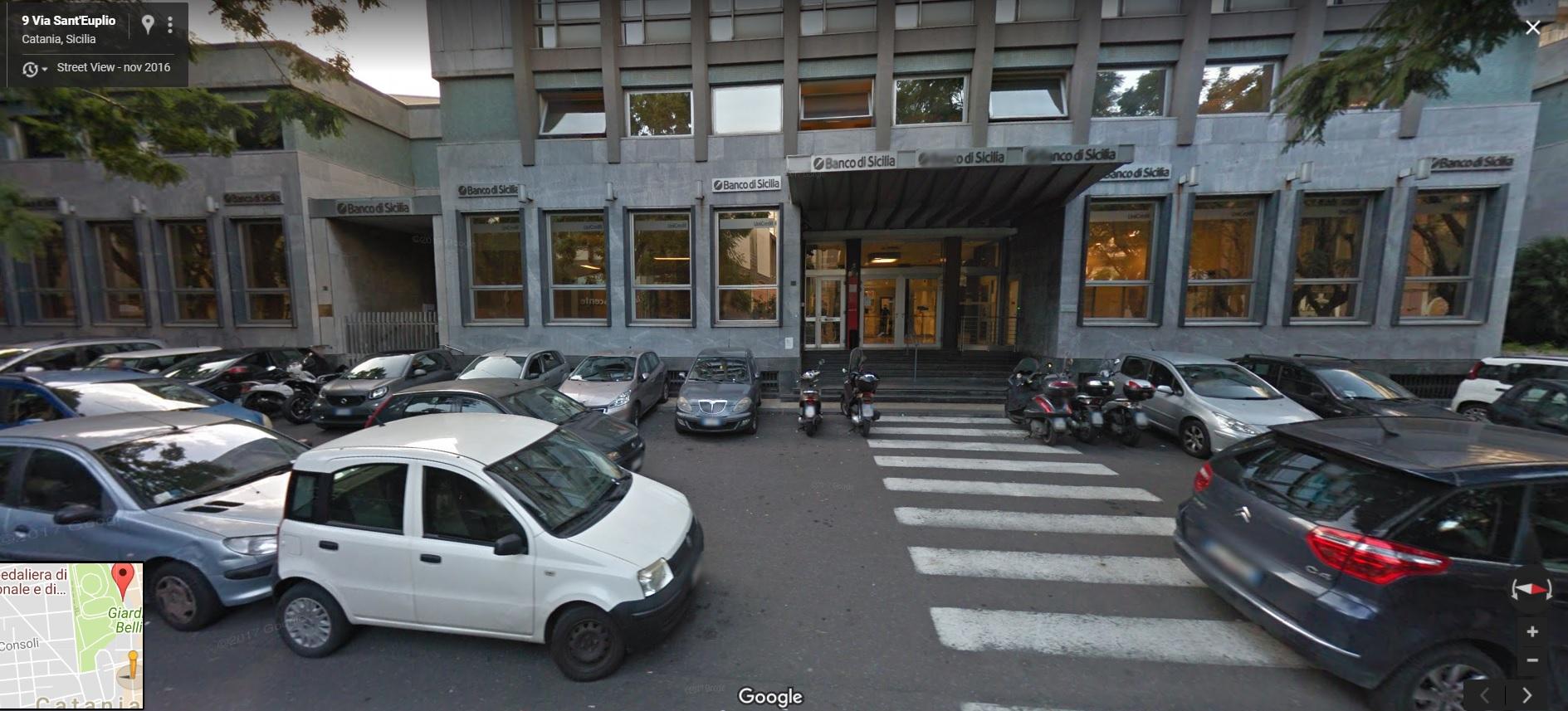 Il tratto di via Sant'Euplio interessato dai lavori di riqualificazione, come si presentava prima che cominciassero