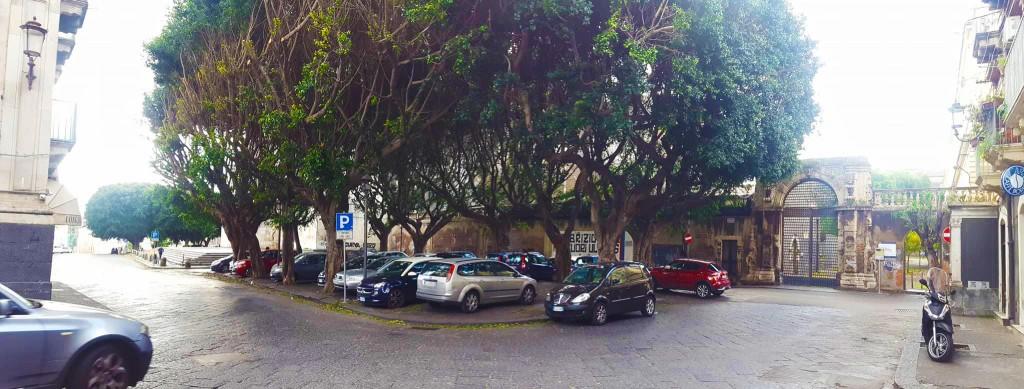 Stato attuale-piazza Dante Biblioteca