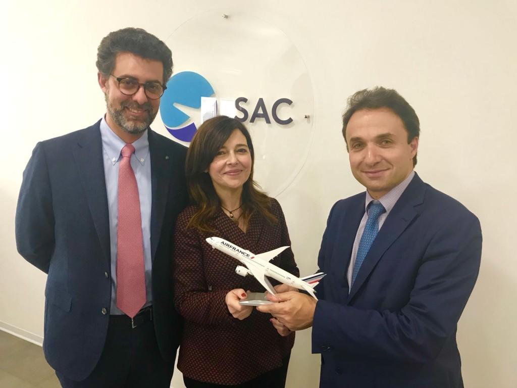 Nico Torrisi e Daniela Baglieri (AD e Presidente SAC) e Jerome Salemi (Jerome Salemi, Direttore Generale Air France-KLM East Mediterranean)