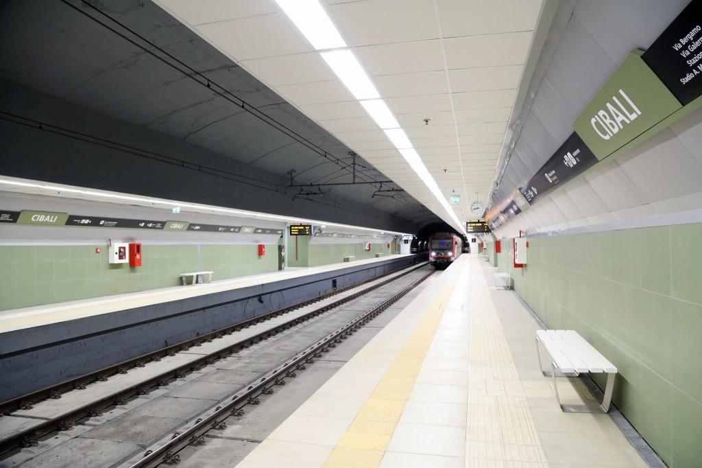Metro Cibali, piano binari